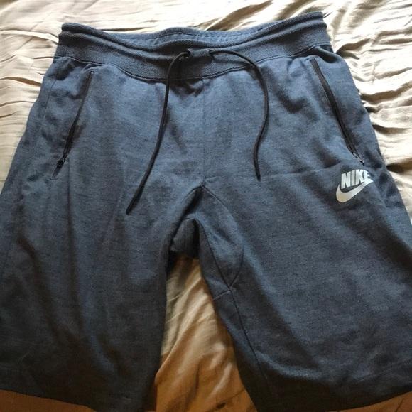 653ddf44893976 Nike Sportswear Tech Fleece Men s Size Large. M 5aec83488290afae70004548
